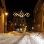 Verschneite Straße in Puslnitz