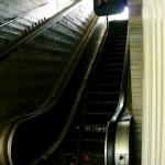 Bildnummer: 00018 - Defekte Rolltreppe