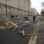Barrikade auf der Strehlener Straße